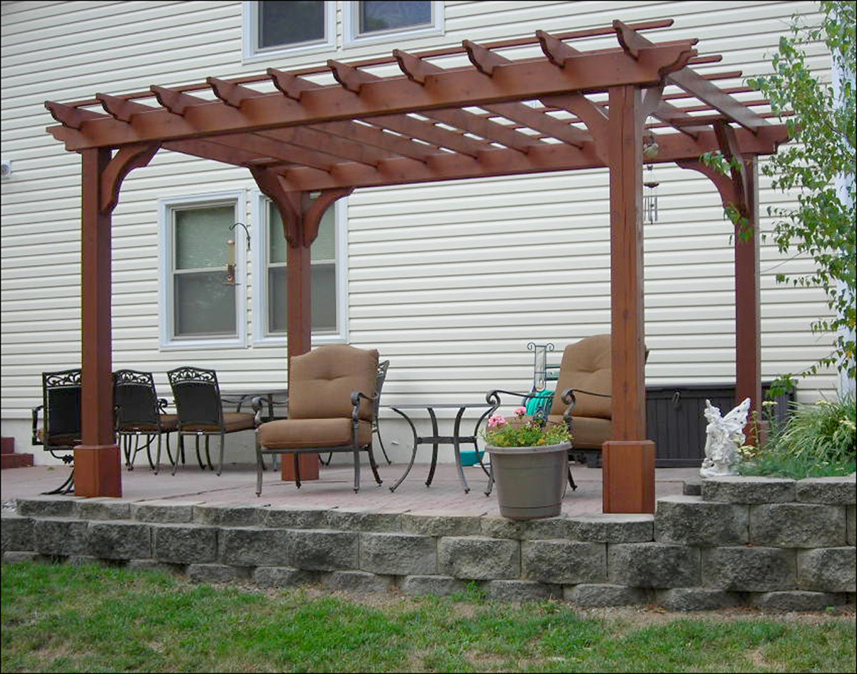 Red cedar vintage classic free standing pergolas for Photos pergolas